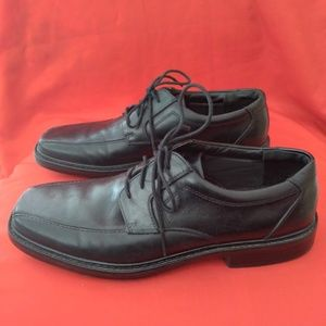 Bostonian Black Leather Shoes Size 11 M